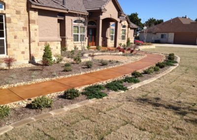 residential-stained-concrete-custom-build-walkway