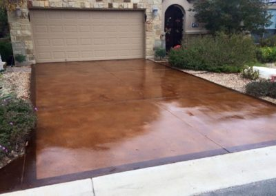 residential-stained-concrete-driveway-custom-build-0