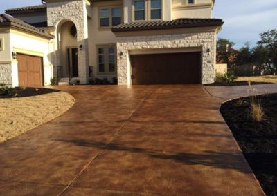 residential-stained-concrete-driveway-custom-build-1