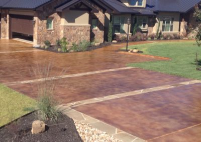 residential-stained-concrete-driveway-custom-build-1080