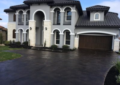 residential-stained-concrete-driveway-custom-build-2