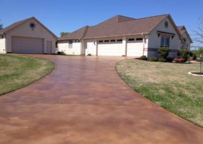residential-stained-concrete-driveway-custom-build-3