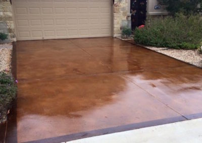 residential-stained-concrete-driveway-custom-build